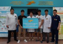 Казахстанские звезды Гадилбек Жанай и исполнители группы «Ринго» прошли медицинское обследование.